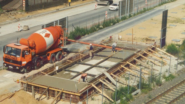 Construction project 1992