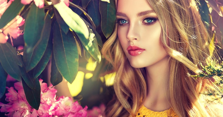 Hübsche junge Frau