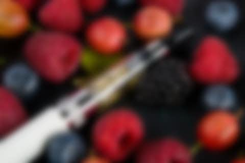 Electronic Cigarette with fruits